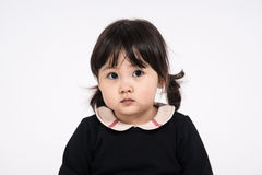 Tir de portrait de studio du bébé asiatique de 3 ans - d'isolement Photos libres de droits