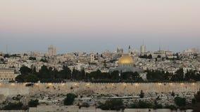Tir du dôme de la roche à l'aube à Jérusalem clips vidéos