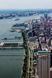 Tir exposé au nord de l'Empire State Building et du Midtown Manhattan du secteur financier image libre de droits