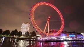 Tir fantastique de nuit d'oeil de Londres pour l'usage éditorial seulement clips vidéos