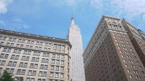 tir 4k mobile d'Empire State Building à New York City banque de vidéos