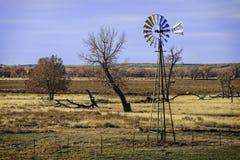 Tir large d'un moulin à vent dans le Colorado oriental Photos stock