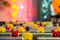 Tir mou de table sale du football avec la lumière fraîche images stock