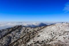 Tir scénique de paysage de montagne de la Corée au parc national de Seoraksan de bâti Image libre de droits