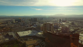 Tira aérea del paisaje urbano de Las Vegas metrajes