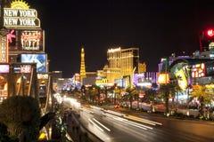 Tira de Las Vegas en la noche Imagenes de archivo