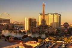 Tira de Las Vegas en la puesta del sol fotografía de archivo libre de regalías