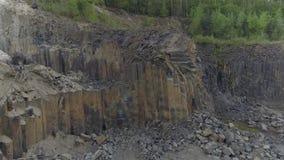 Tirado del aire Depósitos del basalto almacen de video