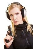 Tirador con la protección auditiva Imagen de archivo