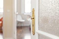 Tirador de puerta de cristal Fotografía de archivo libre de regalías