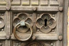 Tirador de puerta y cerradura antiguos Fotografía de archivo libre de regalías
