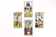 Tiraggio della carta di tarocchi buon royalty illustrazione gratis