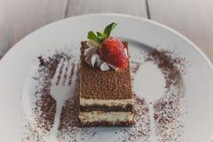 Tiramisu mit Erdbeeren Lizenzfreies Stockfoto