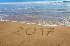 Tirando 2017 na areia Fotos de Stock Royalty Free