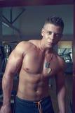 Tirante bello Bodybuilder Fotografia Stock