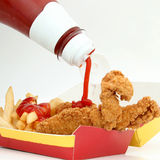 Tiras e fritadas da galinha Imagem de Stock