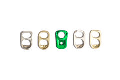 Tirata dell'anello di alluminio su fondo bianco Fotografia Stock Libera da Diritti