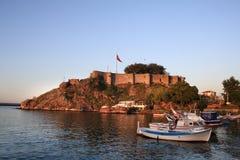 Tirebolu,圣徒吉恩城堡在晚上(土耳其) 库存图片
