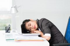 Tired Asian businesswoman Royalty Free Stock Images