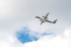 Tiret 8 Q400 SP-EQH de bombardier d'avion de SORT Photo libre de droits