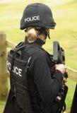 Tireur d'élite féminin de SWAT Images stock