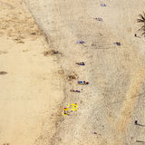 Tiri con i turisti di estate a Arrecife, Spagna immagine stock