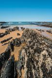 Tiri con le rocce in Almograve nell'Alentejo, Portogallo Fotografia Stock Libera da Diritti