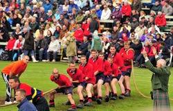 Tiri l'evento di guerra della O, i giochi dell'altopiano di Braemar, Scozia fotografia stock libera da diritti