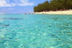 Tiri sull'eremo della laguna della costa dell'oceano, la Riunione Fotografia Stock