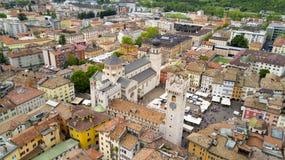 Tiro aéreo com o zangão em Trento Imagem de Stock