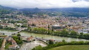 Tiro aéreo com o zangão em Trento Fotos de Stock Royalty Free