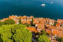 Tiro aéreo da cidade velha Rovinj, Istria, Croácia imagem de stock royalty free