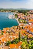 Tiro aéreo da cidade velha Rovinj, Istria, Croácia imagens de stock royalty free