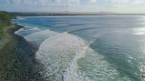 Tiro aéreo da linha da costa em torno de Noosa na costa da luz do sol Fotografia de Stock Royalty Free