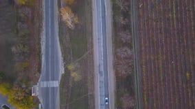 Tiro aéreo de la autopista almacen de metraje de vídeo