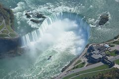 Tiro aéreo de las caídas Niagara Falls Ontario de la herradura Fotos de archivo libres de regalías