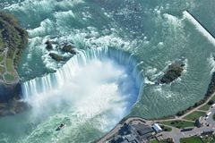 Tiro aéreo de las caídas Niagara Falls Ontario de la herradura Imagen de archivo