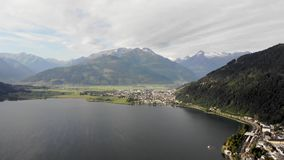 Tiro aéreo del lago almacen de video
