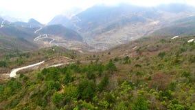 Tiro aéreo del paisaje en Sichuan occidental, Sichuan, China almacen de metraje de vídeo