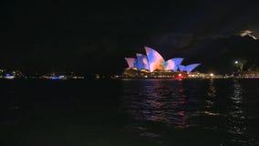 Tiro ancho del teatro de la ópera de Sydney durante 2015 vivo en 4K almacen de metraje de vídeo