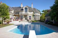 Tiro casero de lujo de la piscina