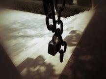Tiro chave velho no sepia Fotos de Stock Royalty Free
