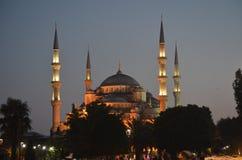 Tiro da noite da mesquita de Istambul Sultan Ahmet Fotografia de Stock
