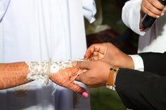 Tiro da ocasião de Ring Ceremony Wedding foto de stock