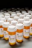 Tiro de alto ángulo de la cantidad total de píldoras de la prescripción Imagenes de archivo