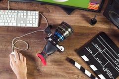 Tiro de escritorio de una cámara moderna del cine imagen de archivo libre de regalías