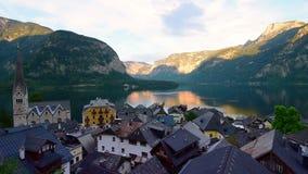 Tiro de la mañana de Hallstatt austria almacen de metraje de vídeo