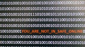 Tiro de tela de computador com código binário e texto de advertência, conceito para o computador, tecnologia e segurança em linha Imagem de Stock