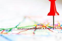 Tiro del primer sobre Southampton en el mapa, Reino Unido imagenes de archivo
