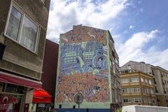 Tiro di prospettiva di arte murala dei graffiti della via a Costantinopoli fotografie stock libere da diritti